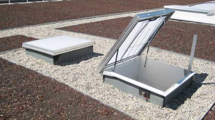 ECOLUX ACCES TOITURE | Installation et pose lanterneau toiture terrasse, éclairage naturel du ...
